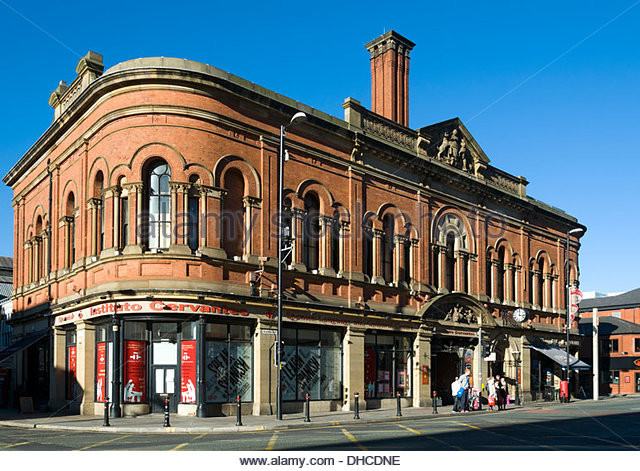 the-free-library-building-1882-deansgate-manchester-england-uk-main-dhcdne.jpg