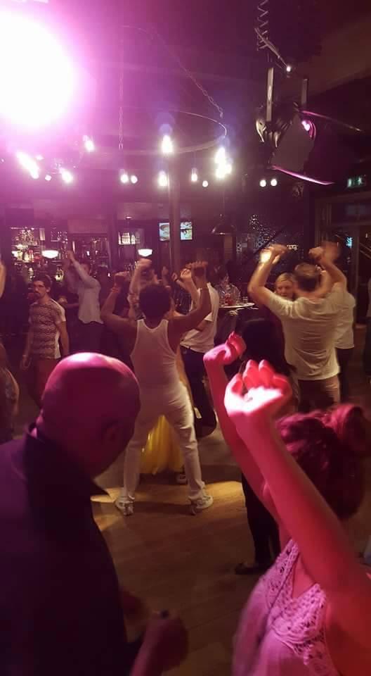 Salsa class - Revolucion de Cuba