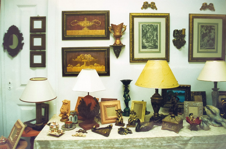 big diversity of pieces for decoration
