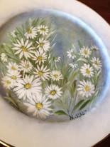 Fine Porcelaine Hand painted