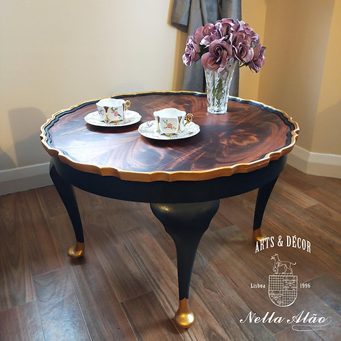 Stunning mid century Queen Anne, coffee table upcycled in modern high quality