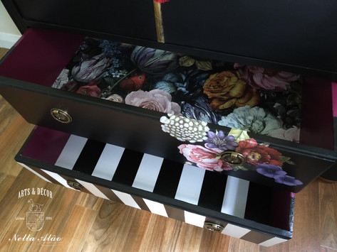 Stunning drawers, sealed with protective finish coat.jpg
