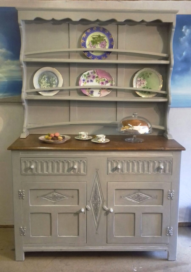 Vintage Victorian Welsh in Oak, Dresser Shabby Chic, light grey