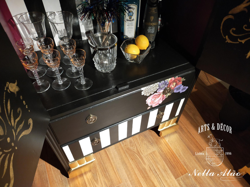 Drinks cabinet.jpg