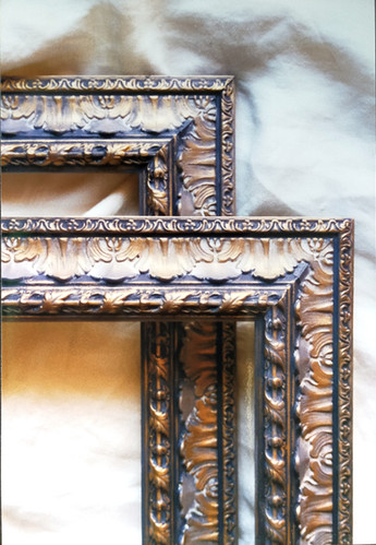 detail of big frames that was decorated