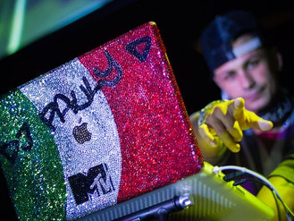 Exclusive: DJ Pauly D's laptop designer dishes on his famous bling