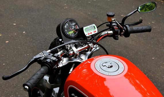 '09 XR1200 No.03