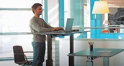 höhenverstellbarer Tisch, ergonomischer Tisch