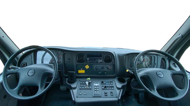 SDDD_Freightliner_16x9x1000-8.jpg