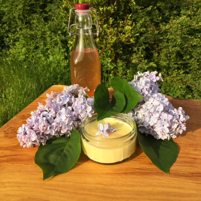 Lilac flower syrup with a posset it was used to flavour
