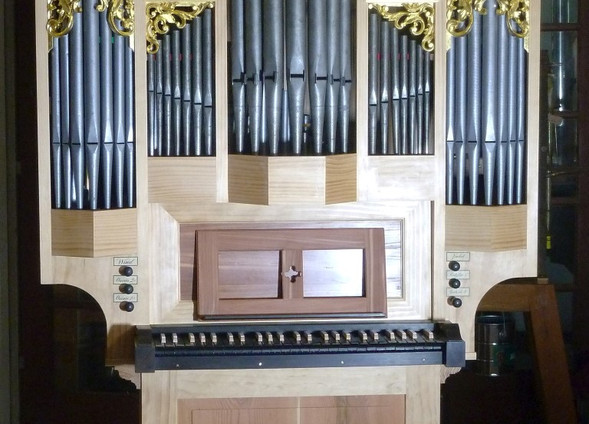 Buschbeck organ in shop