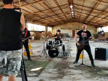 "🎥 Videoclip: ""Si No Nos Dejáis Vivir"" ⛓ Libertad Incondicional⛓"