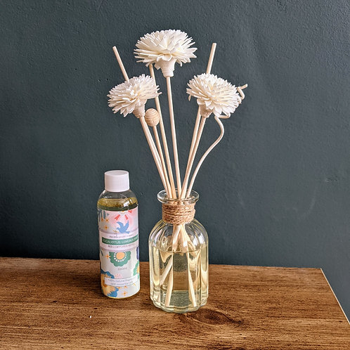 Eucalyptus, Lemon & Mint Reed Diffuser with flower reeds. Essential Oils