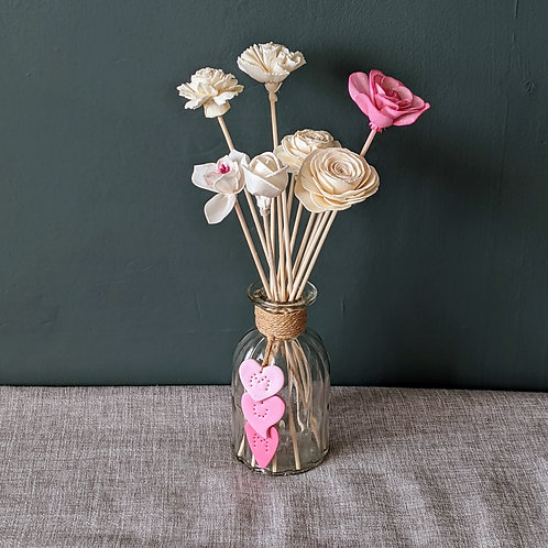 Mother's Day Gift. Reed Diffuser with flower reeds. 200ml. Choice of Fragrances.