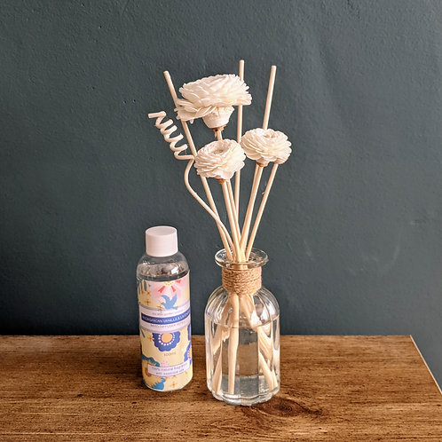 Madagascan Vanilla & Lavender  Reed Diffuser with flower reeds. Essential Oils