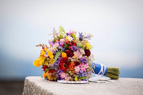 wedding boquet of wild flowers