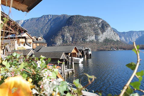 Boats hut in Hallstatt - wedding desination