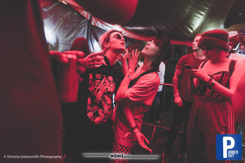 candid festival photography
