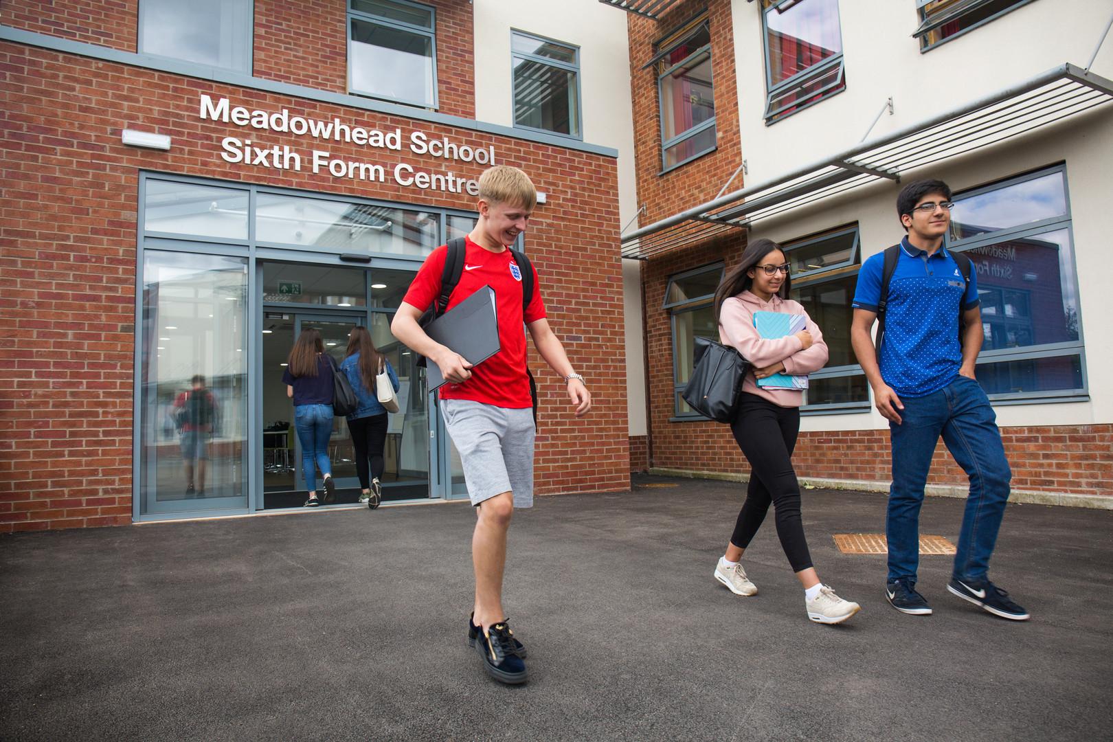 Meadowhead school, school, high school, secondary school, school photographer
