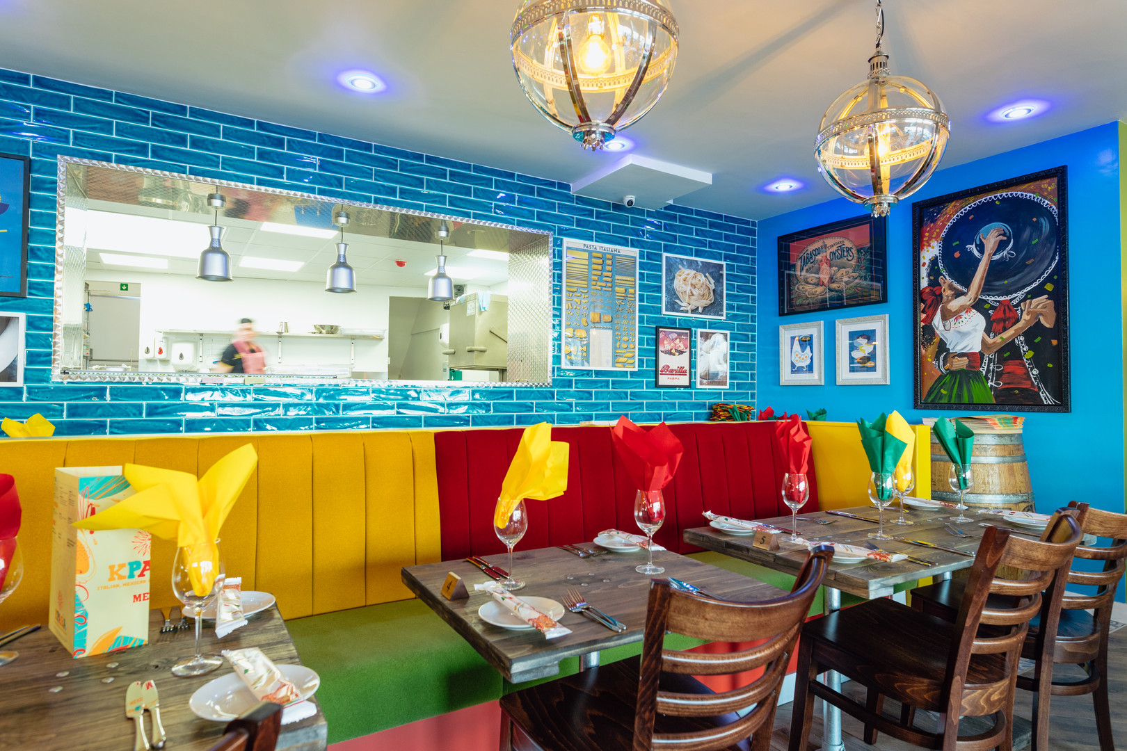 italian dining photoshoot