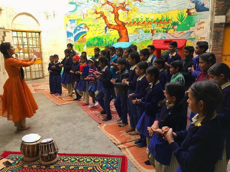 Interactive Music and Dance Performance for Kids-Music Basti