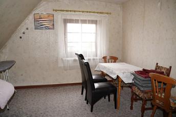 10 - Zimmer DG 2.JPG