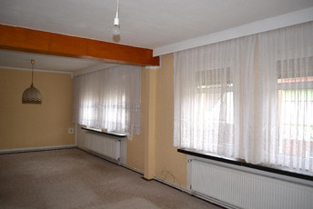 06-Wohnzimmer.jpg