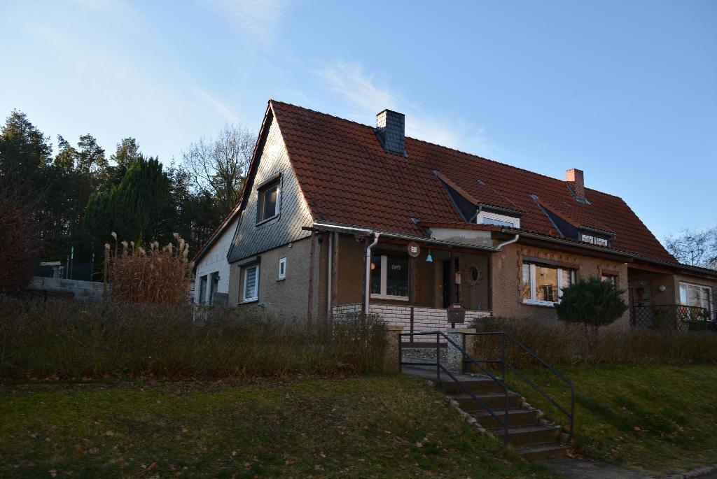 Doppelhaushälfte in Dolle