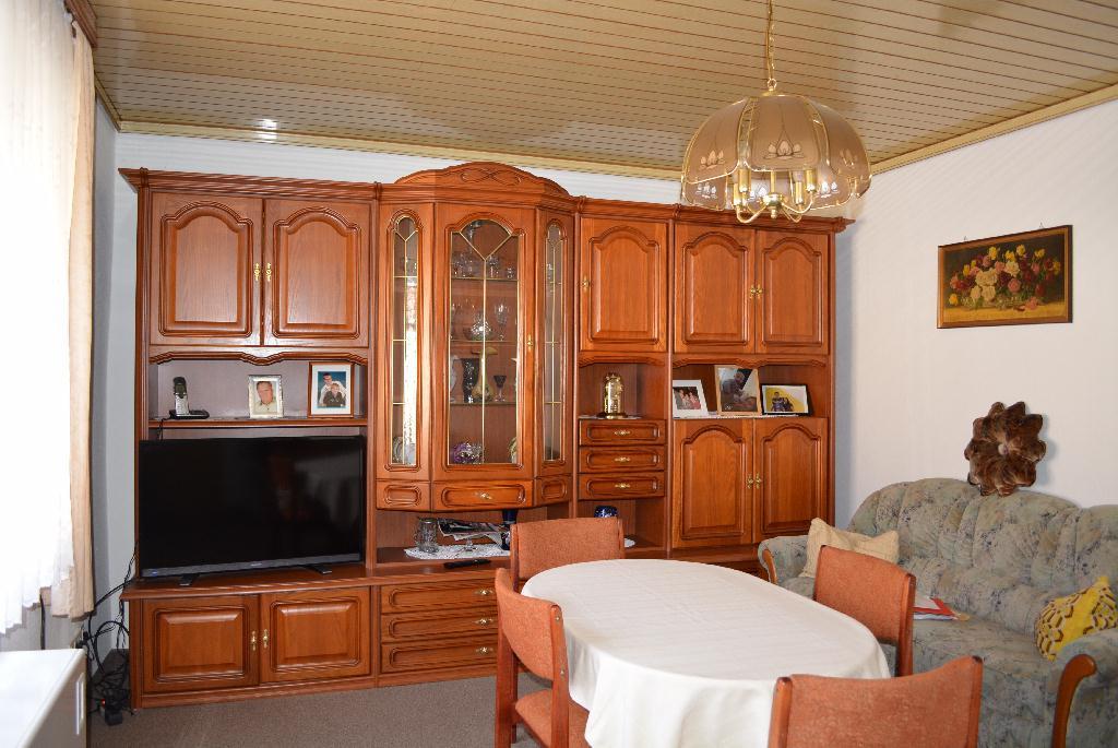 08-Wohnzimmer.jpg