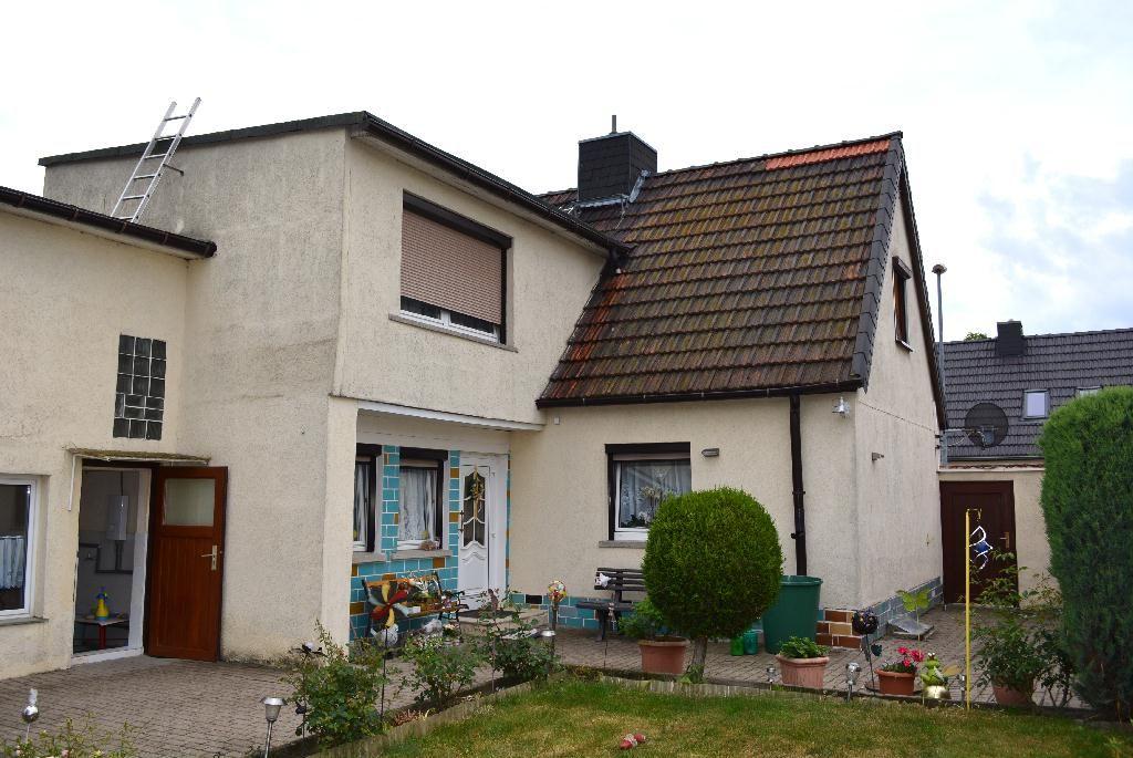 Doppelhaushälfte in Atzendorf