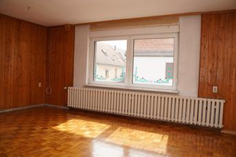 9 - EG Wohnzimmer.JPG