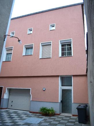 04-Nebenhaus Hofseite.jpg