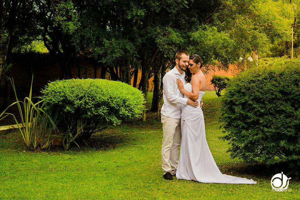 casamento de dia e ao ar livre