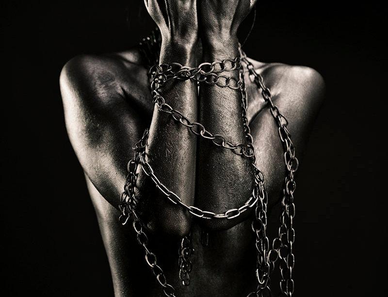 Artitect Photo Art Liberate Woman Plexiglas Luxury Black Label Nude Portrait