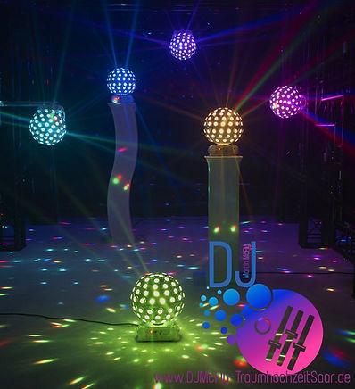 LED KUGEL WEISS - Licht bunt weiss mit L