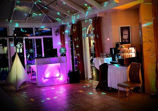 www.DJMcFly-Traumhochzeitsaar.de HochzeitsDJ-Saar.de Fotobox-Saar.de Hochzeit Saarland Neunkirchen