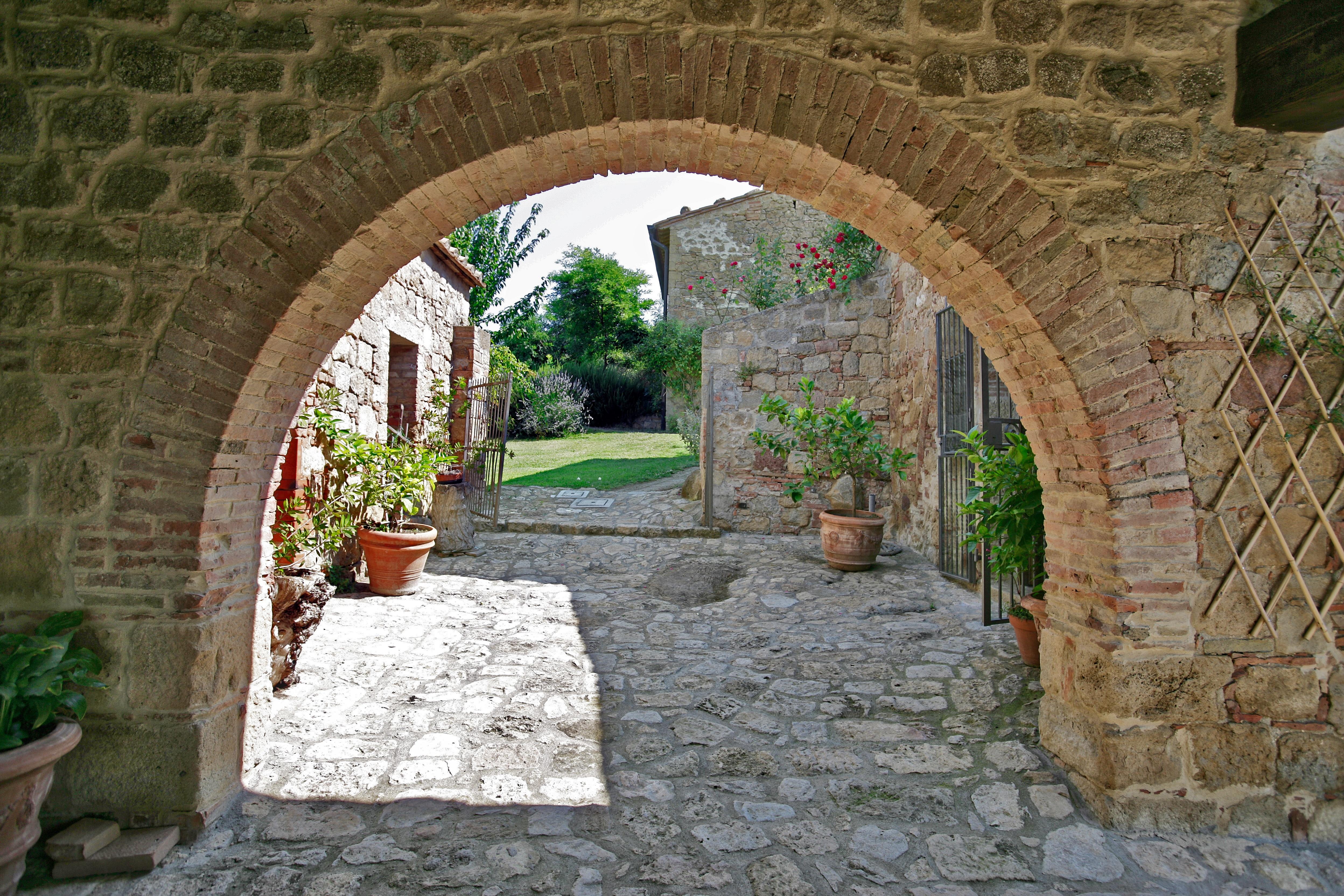 arch villa