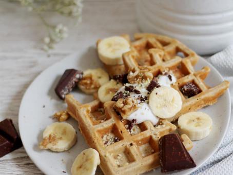 Flourless Peanut Butter Oat Waffles