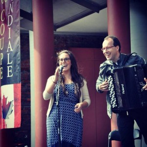 Singing with Ludovic Beier