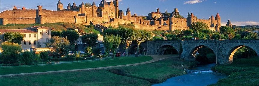 Carcassonne, une demi-heure de la Gite Maison En Pierre, Olonzac