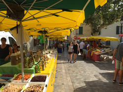Olonzac street market