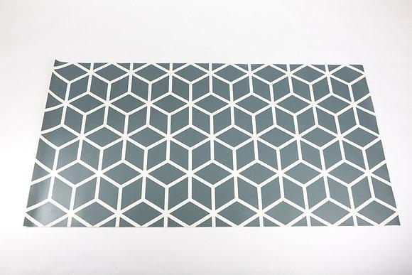 שטיח גיאומטרי אפור לבן