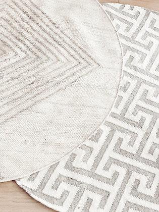 שטיח אפור מבוך