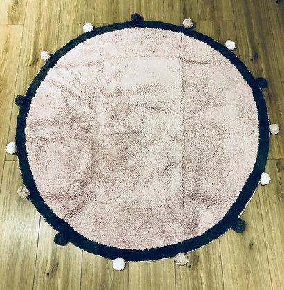 שטיח פונפונים ורוד