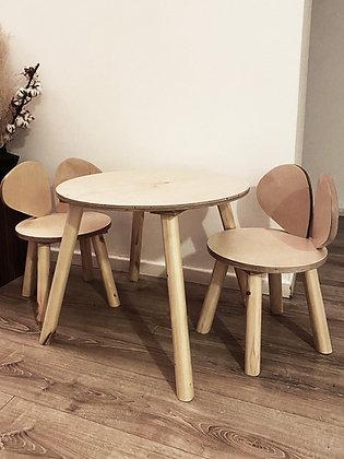 סט שולחן עם כסאות ארנבונים