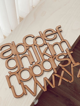 ABC  לוח עץ