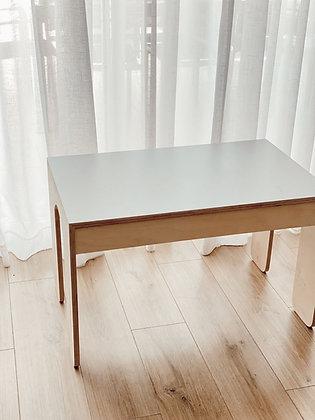 שולחן קו
