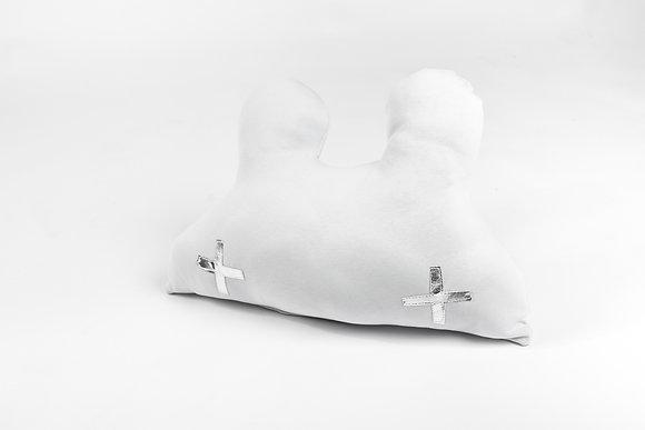 כרית דובי פלוסים לבנה