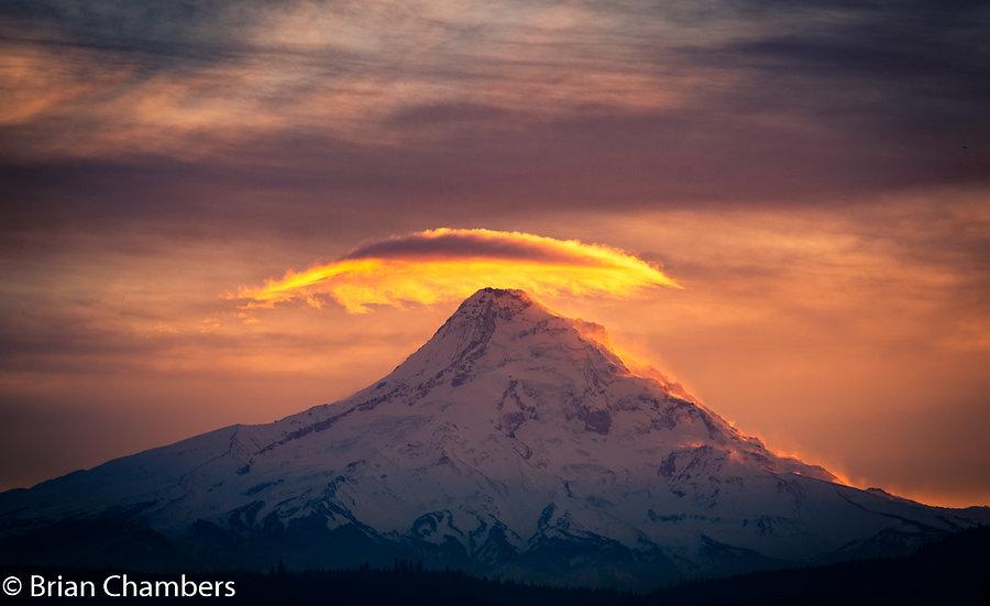 "Mt Hood Lenticular 16"" x 24"""