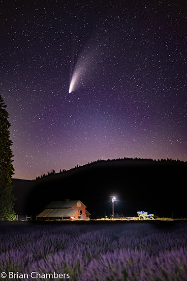 Red barn and Comet